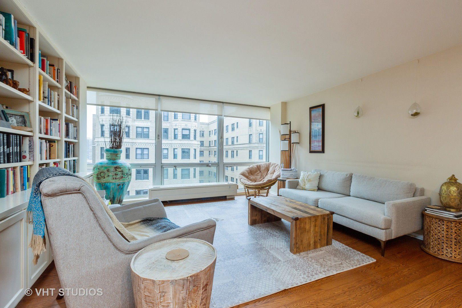 2400 N Lakeview Avenue 1804