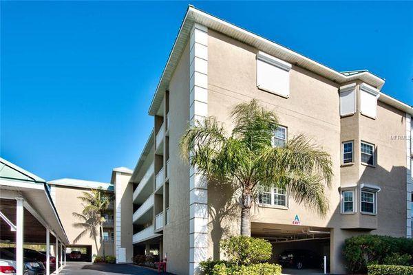 Madeira Cove Condominiums