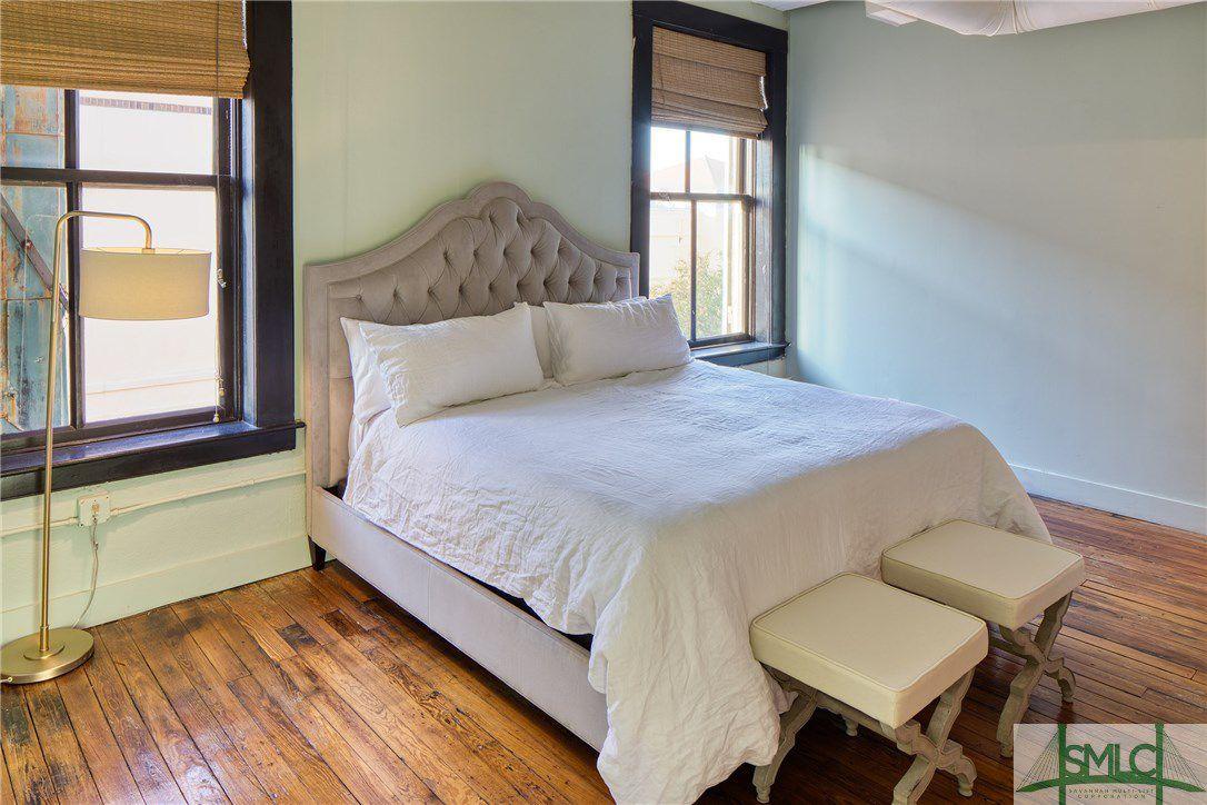 101 Barnard Street 300