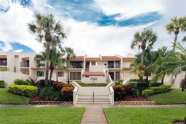 Seapointe Terrace Condominiums