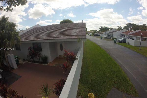 Grove Villas West