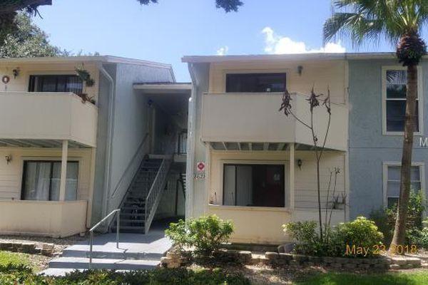 Woodridge At Carrollwood Condominiums