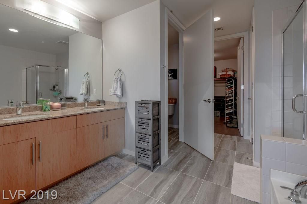 353 Bonneville Avenue 555