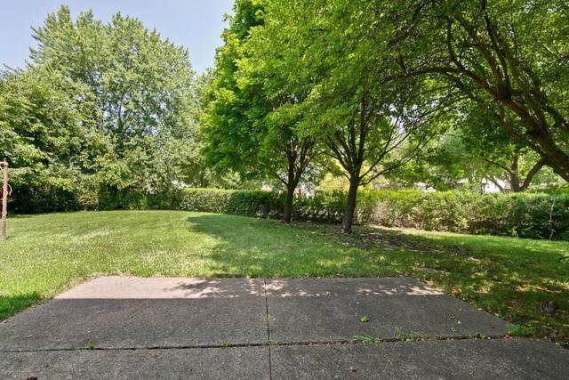 8 Montauk Lane