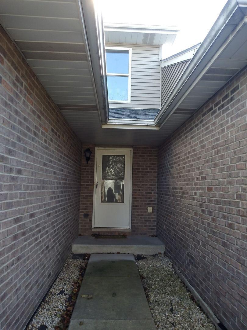5611 W Von W Avenue C