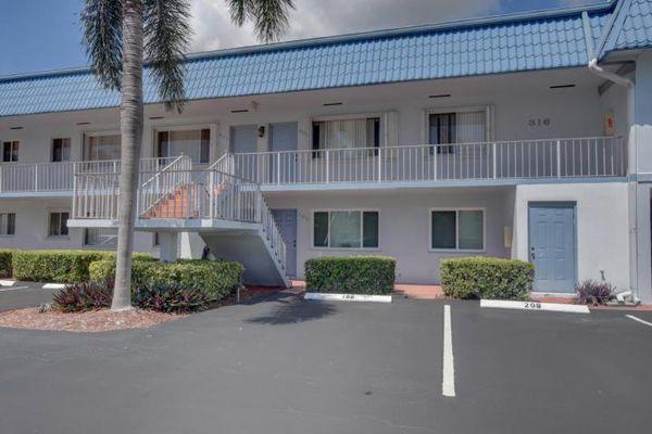 North Cove Condominiums