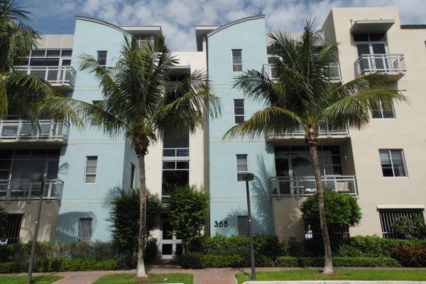 Meridian Delray Condominiums