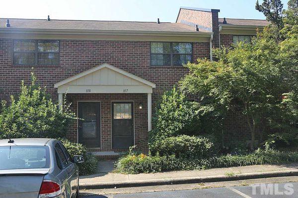 White Oak Condominiums