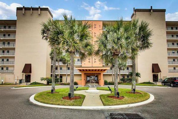 Amelia South Condominiums