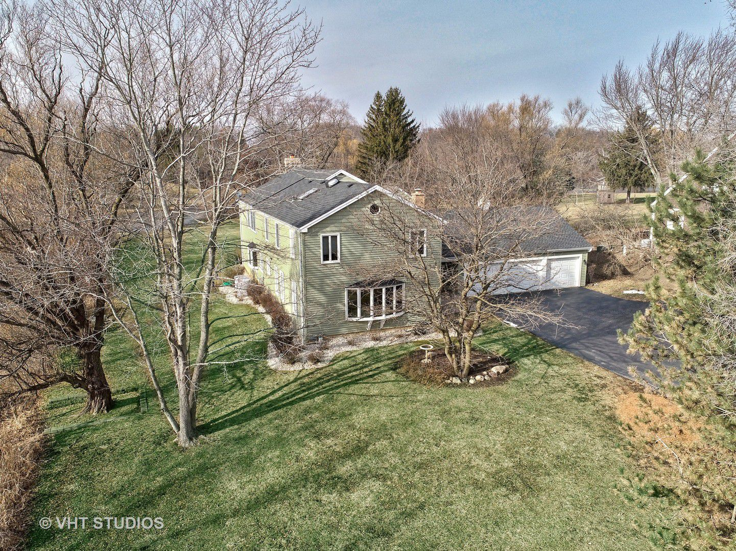 21384 W Lakeview Parkway