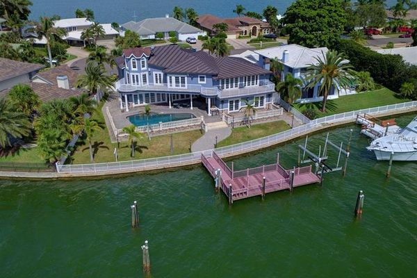 Island Estates Of Clearwater