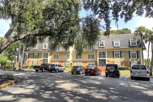 Cypress Pointe At Lake Orlando Condominiums