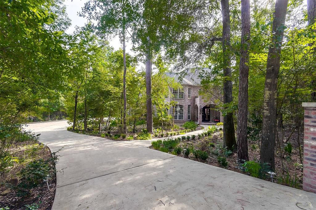 6198 Hickory Hollow Lane