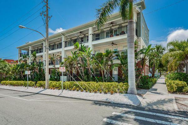 Bay Villa Condominiums