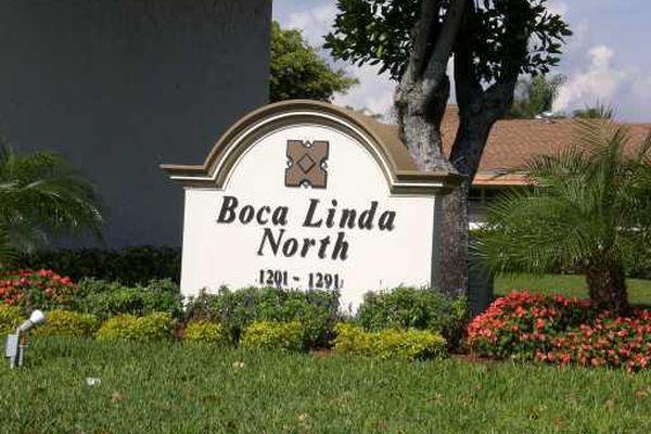 Boca Linda Condominiums
