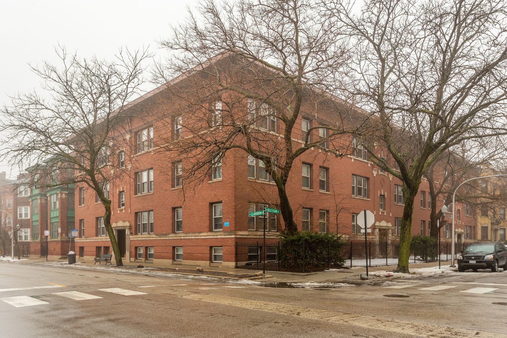 807 W Belle Plaine Avenue 104