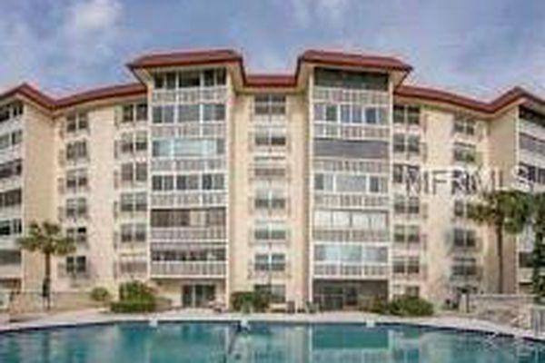 Villa Dora Condominiums