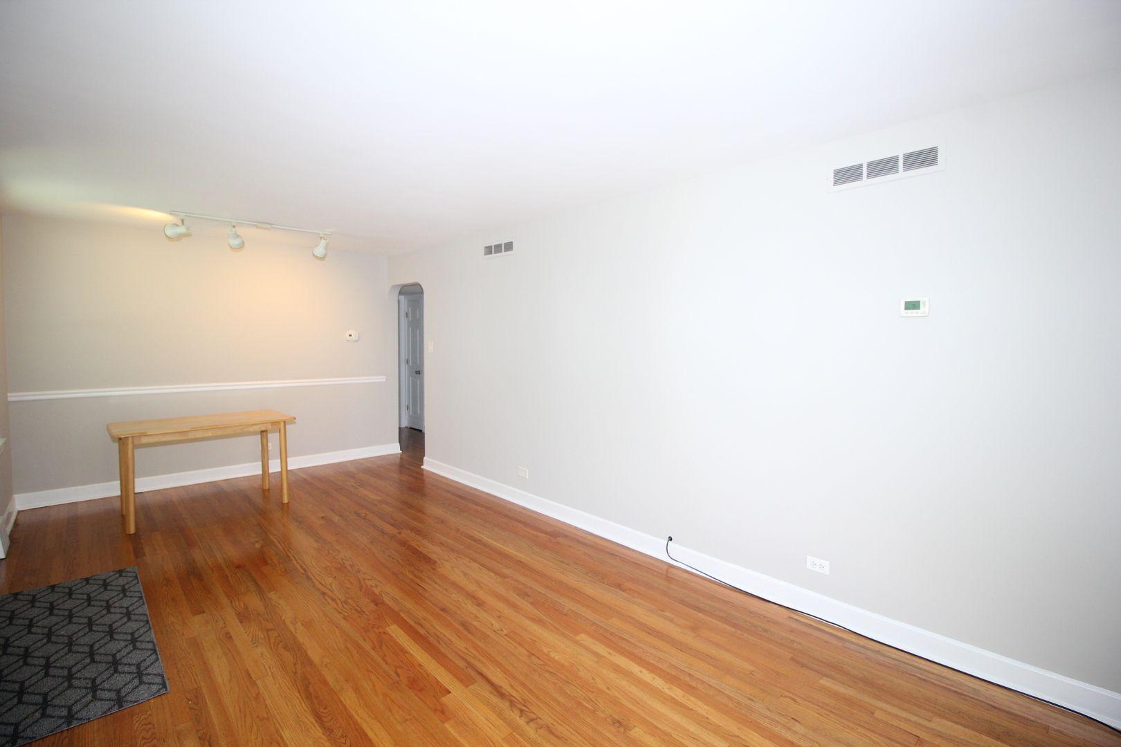 2524 W 115th Street