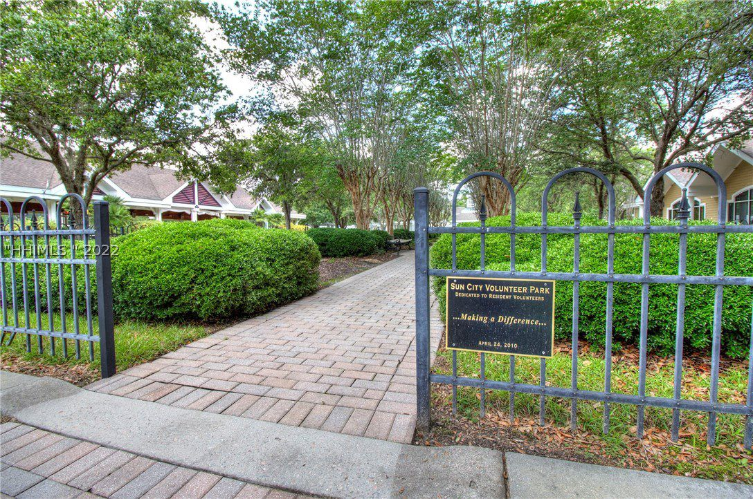 427 Shearwater Point Drive