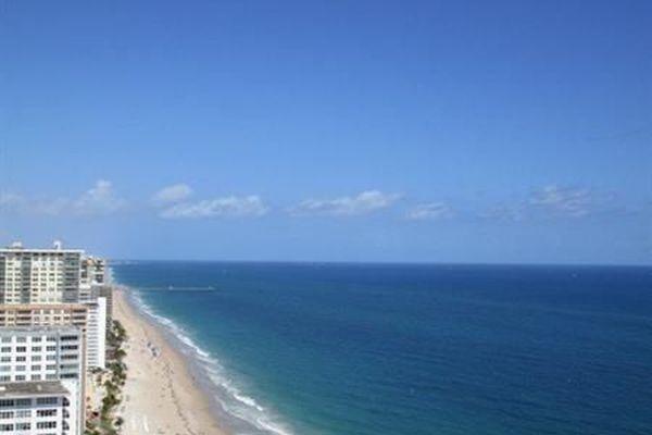 Playa Del Sol Condominiums