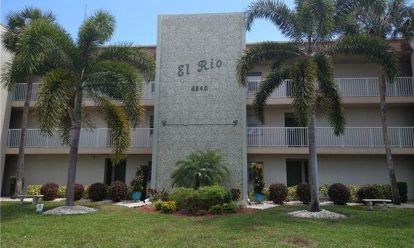 El Rio Condominiums